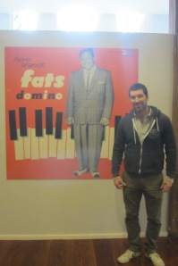 Here stands piano legend Fats Domino - and Riccardo.
