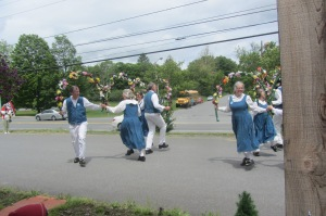 Do you know what morris dancing is? Neither did I! It's traditional New England farm dancing, as demonstrated by this morris dancing troupe practicing in a parking lot.