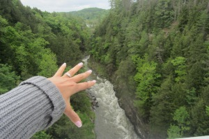 Quechee Gorge - Vermont's answer to the Grand Canyon. Very weak answer.