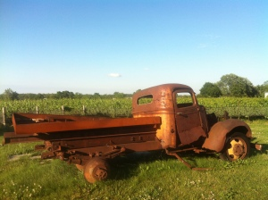 Rusty old truck at Ravine Winery - an Instagrammer's dream.