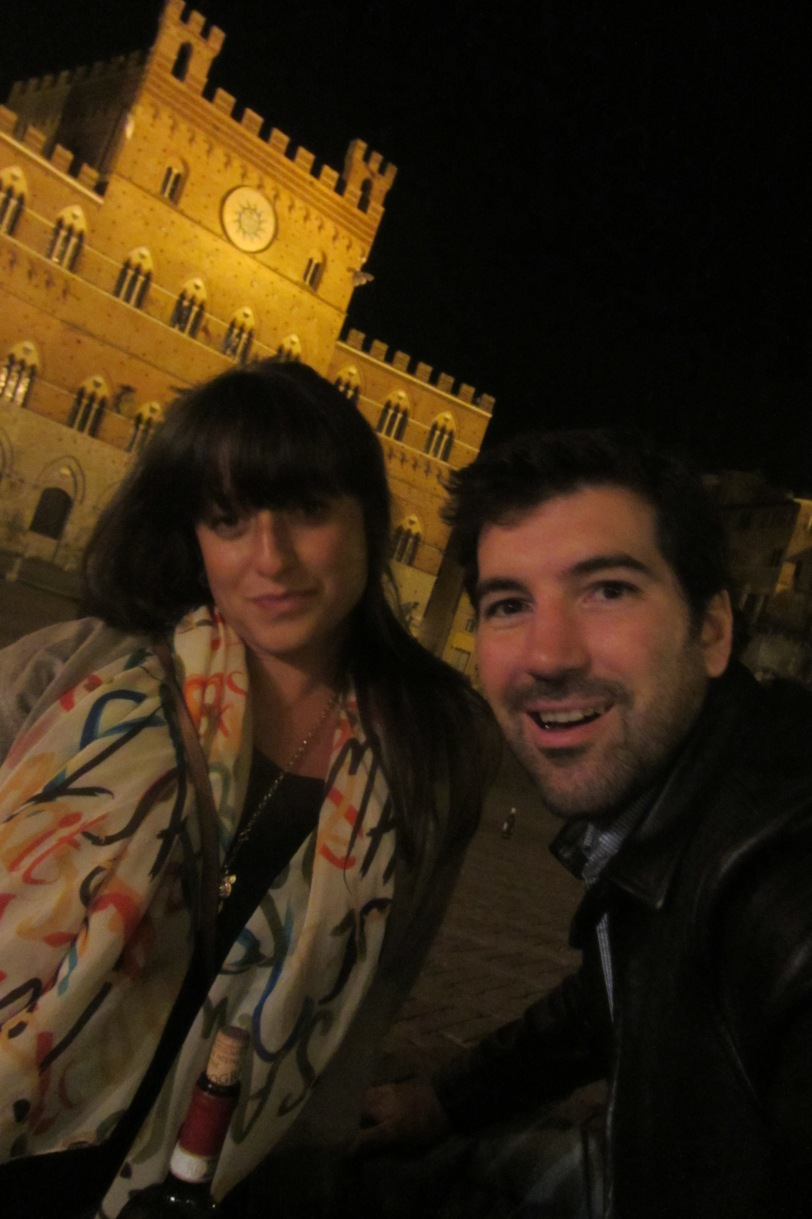 Feeling no pain in Piazza del Campo.