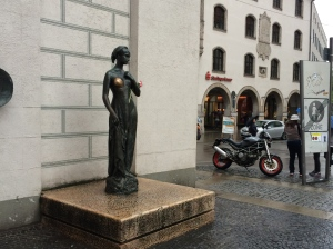 Good luck statue.
