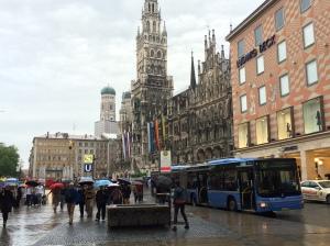 The great Marienplatz.